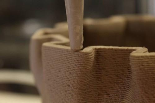 http://www.upweek.ru/wp-content/uploads/2015/01/WASP-3D-mud-printer-2-500x333.jpg
